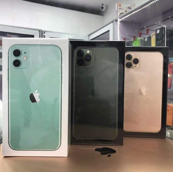Apple iPhone 11 Pro Max,11 Pro,11 €350 EUR Whats - Roma - mobiles.bizltd@gmail.com